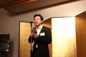 賛助会員代表挨拶はプラスジョインテックスカンパニーの青柳部長にお願いいしました。